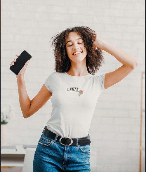 VALT'R | T-shirt femme avec une rose